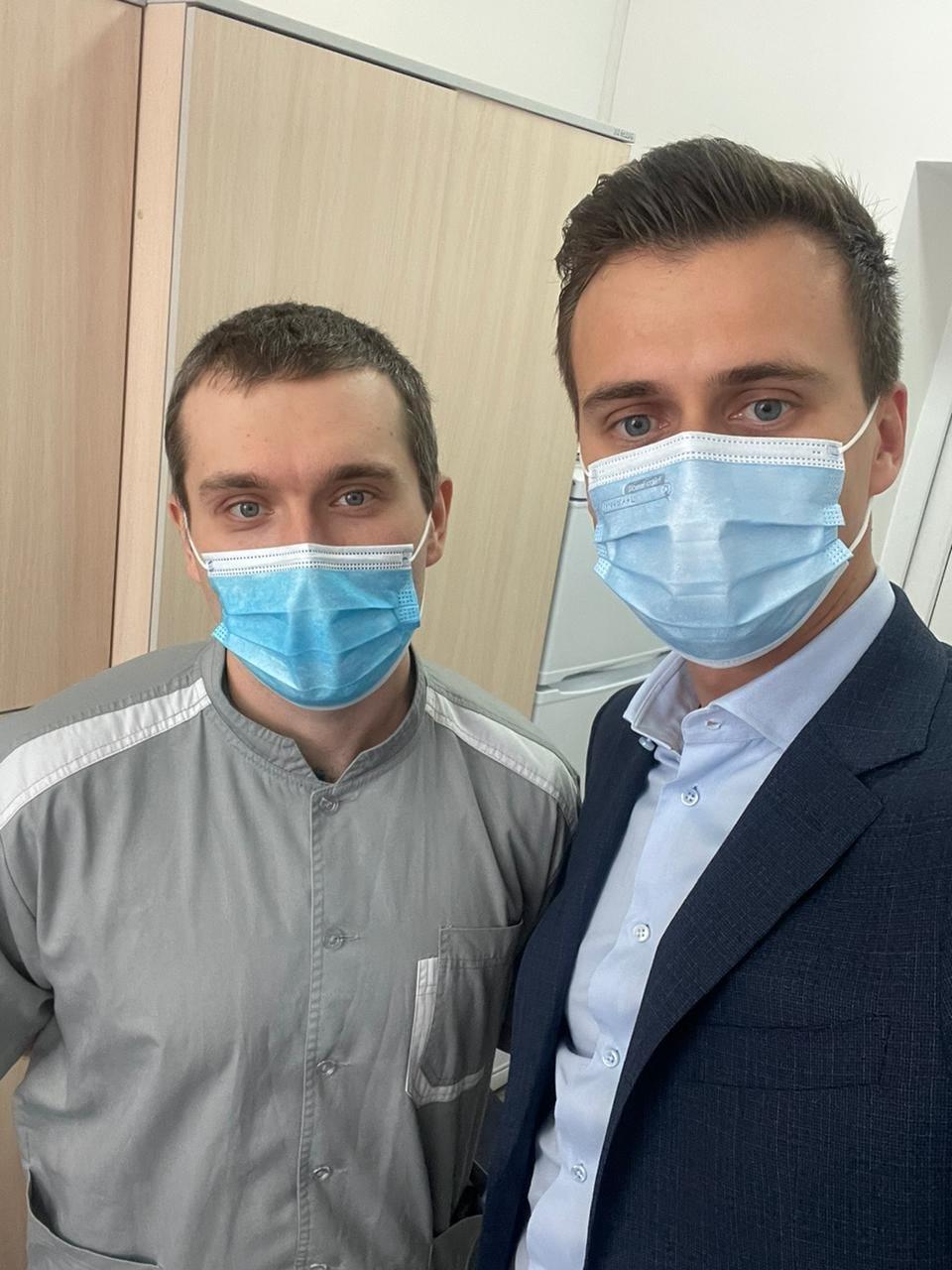 Черкаський лікар першим в Україні вакцинувався від COVID, Фото: Олександр Скічко