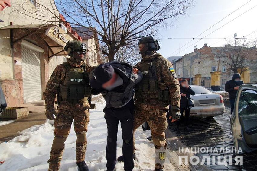 Поліцейські викрили членів злочинної групи, які займалися наркобізнесом, Фото: поліція Львівщини
