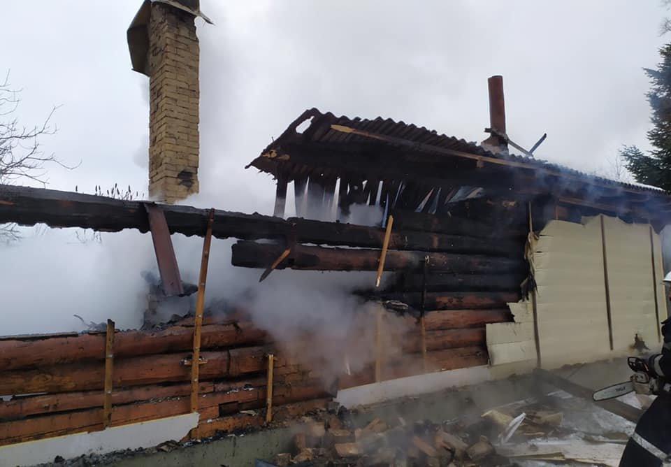 У Дрогобицькому районі вщент згорів житловий будинок, Фото - ДСНС Львівщини