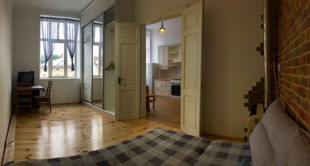 Однокімнатна квартира на вулиці Івана Франка, Фото - ОЛХ