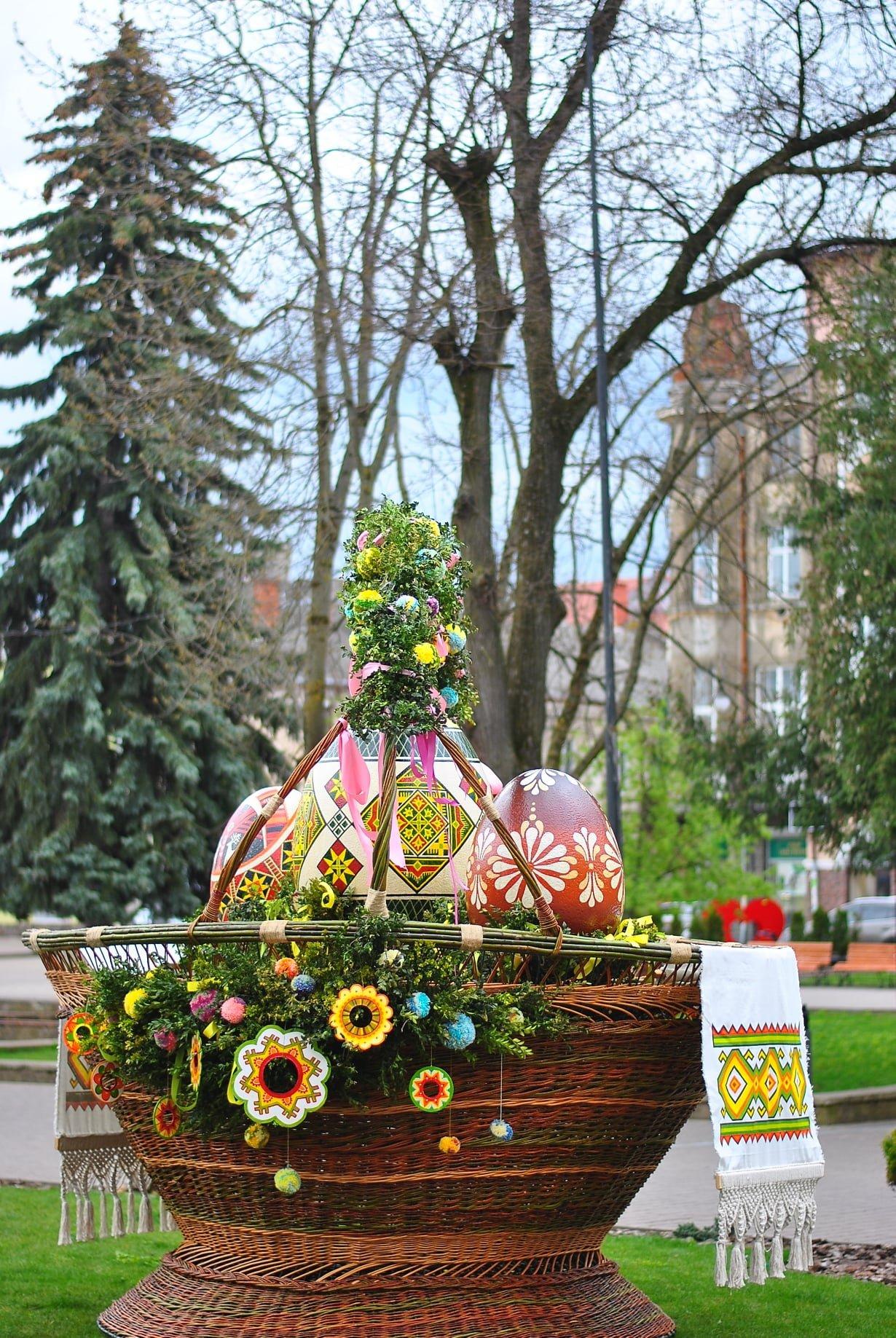 Великодній кошик у Самборі, Фото: пресслужби Самбірської міськради, фейсбук