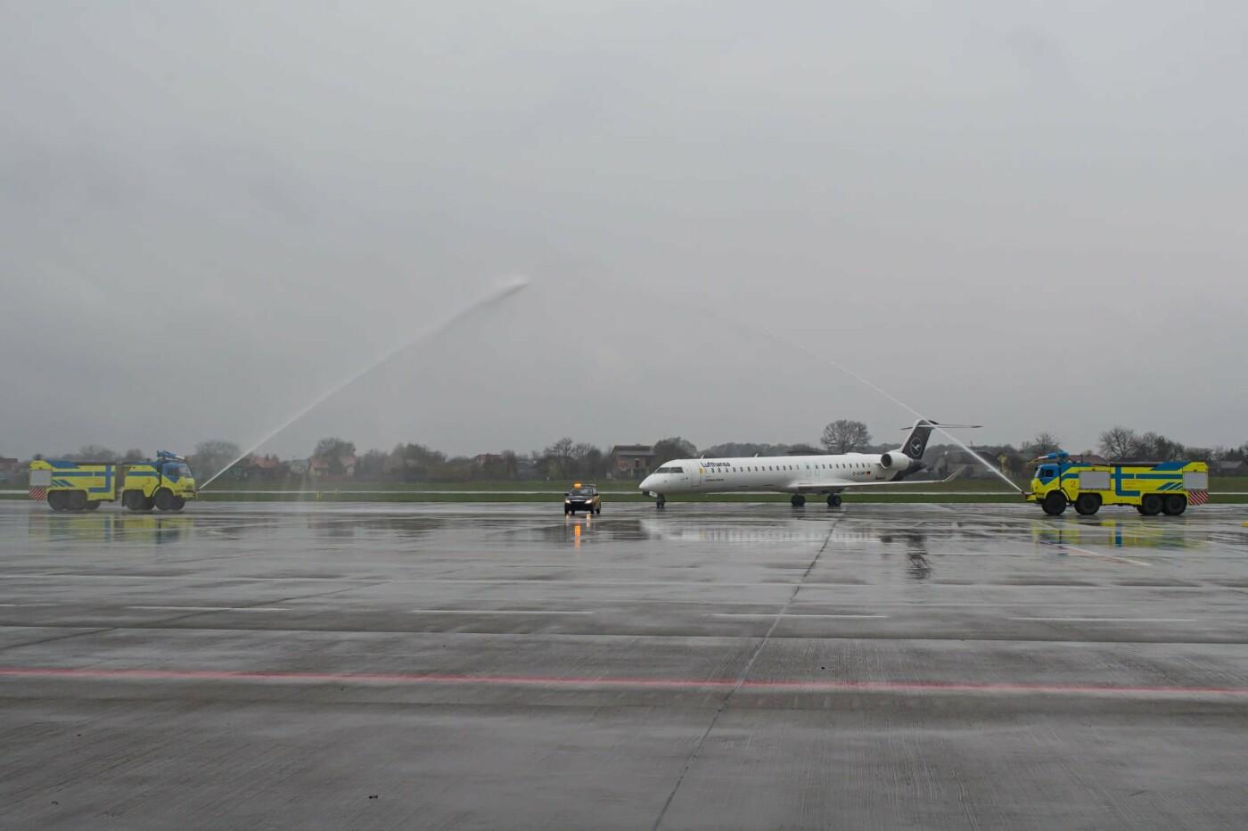 Авіакомпанія Lufthansa здійснила перший прямий регулярний рейс з Франкфурта до Львова, Фото: Роман Балук