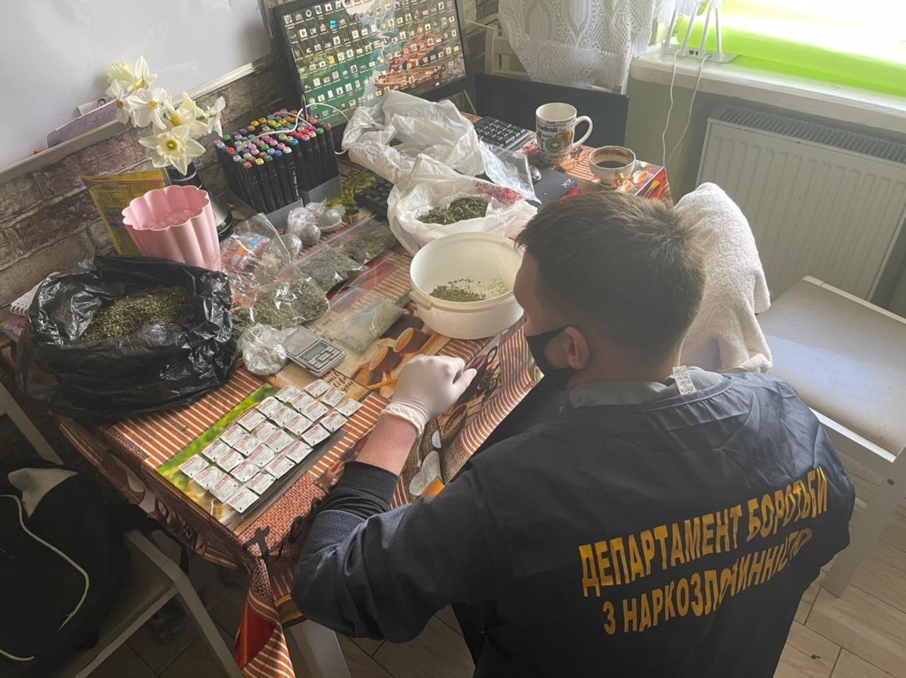 На Львівщині затримали групу наркоторговців, Фото - поліція Львівщини