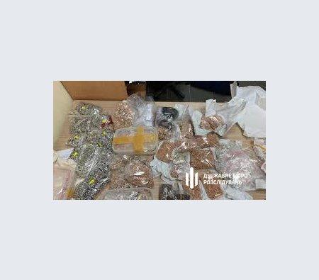 У Львові слідчий СБУ привласнив 24 кілограма золота та срібла, - ФОТО, фото-3, Фото: ДБР