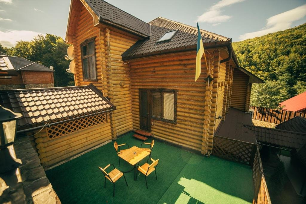 Відпочинок в Карпатах: садиби, готелі, вілли та приватні будинки в Карпатах , фото-3