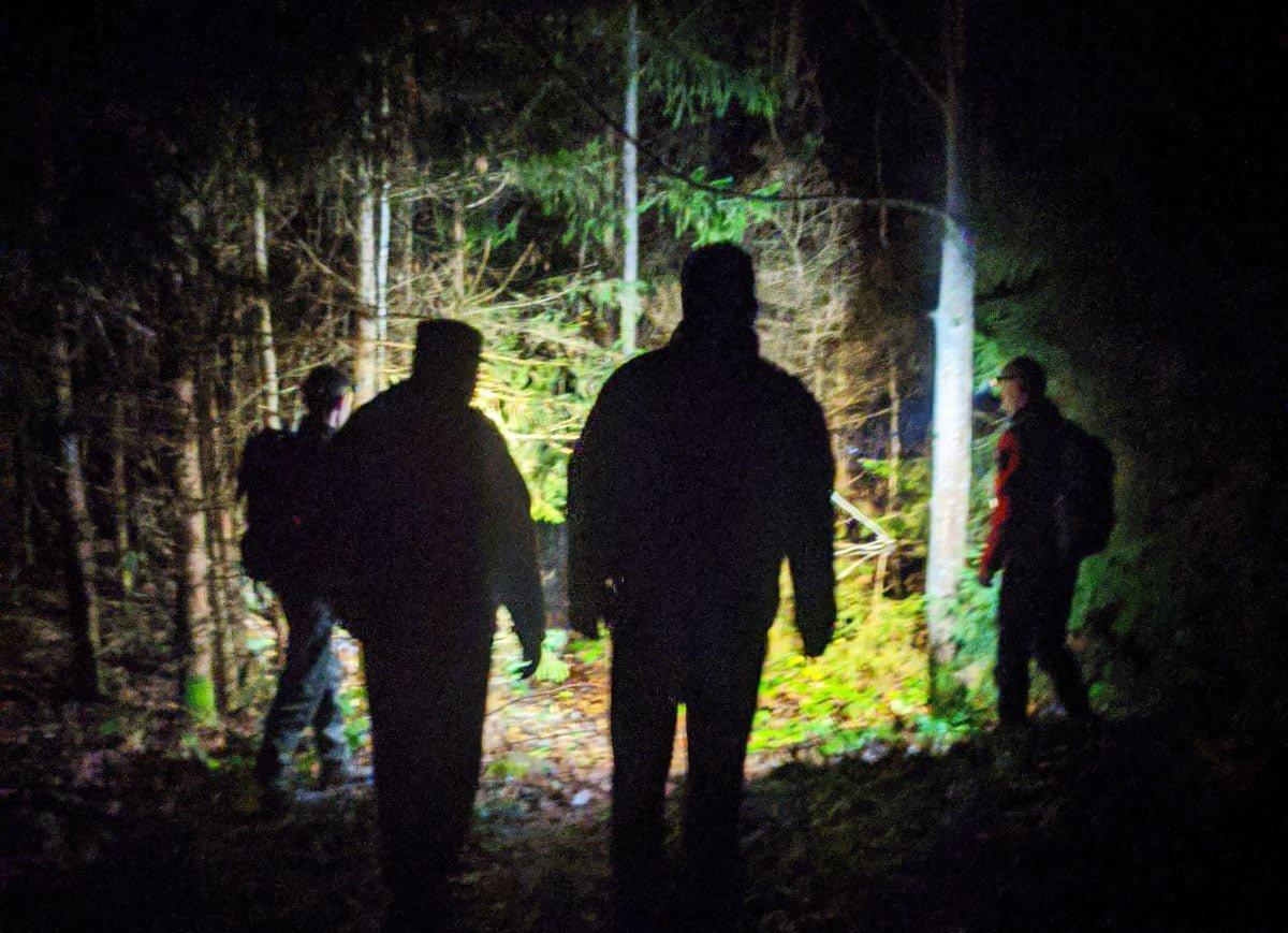 У Карпатах цілу ніч шукали травмованого туриста зі Львова, - ФОТО, фото-1