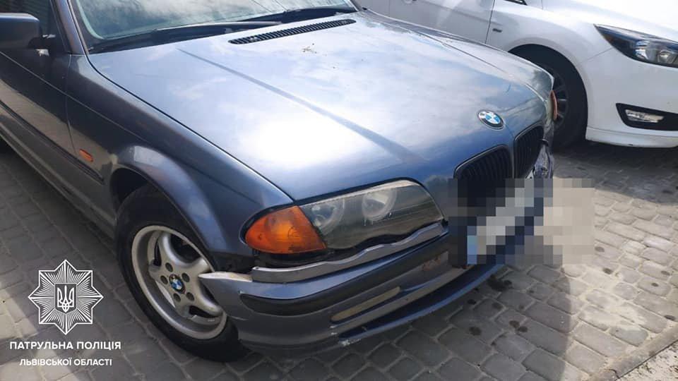 Патрульні затримали водія BMW, Фото: пресслужби Патрульної поліції Львівщини