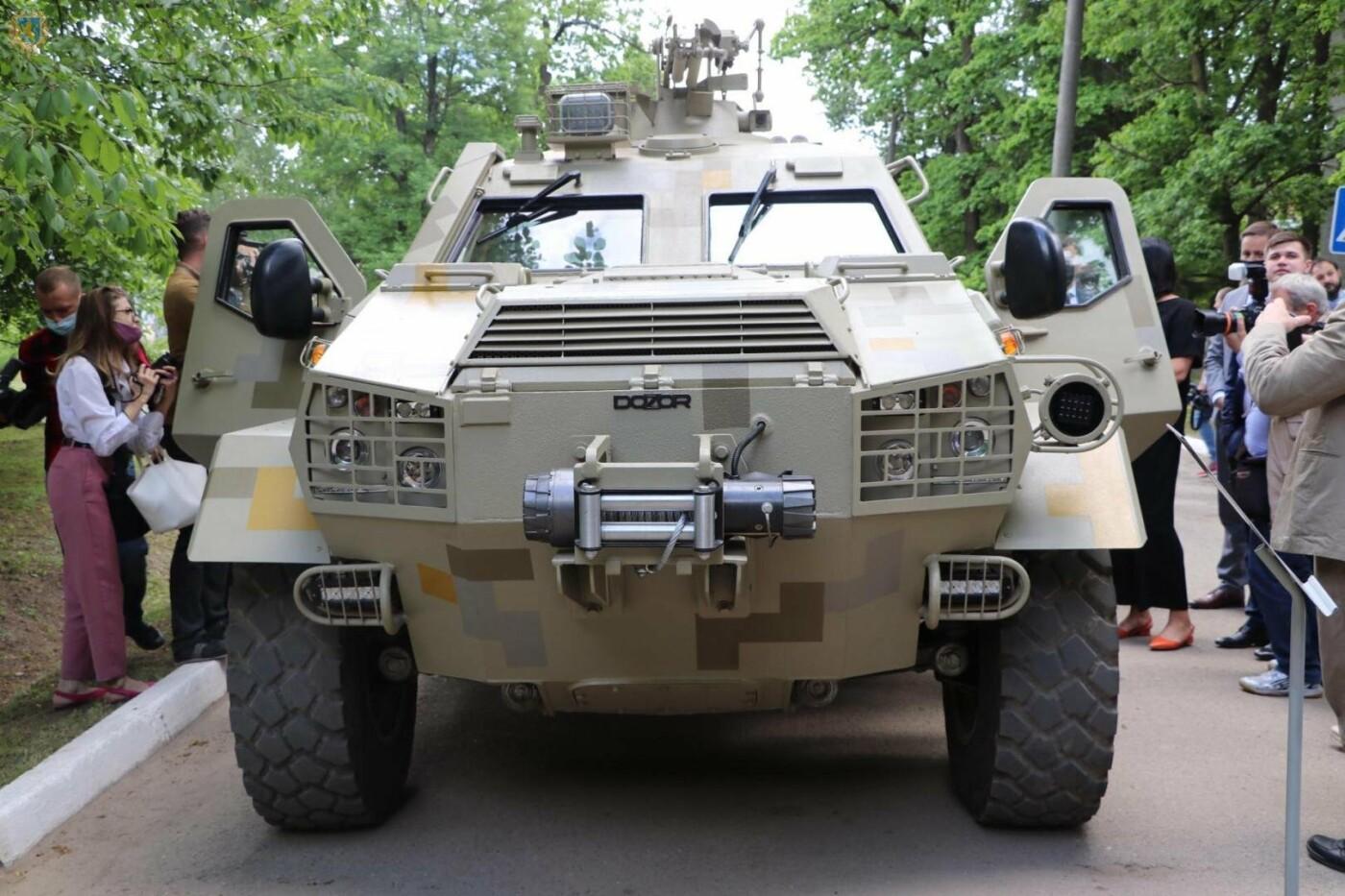 Разумков у Львові заліз на танк, - ФОТО, фото-3, Фото: ЛОДА
