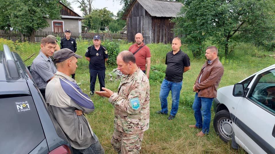 У селі на Львівщині сім'я приручила дику козулю, Фото - Бродівська МР