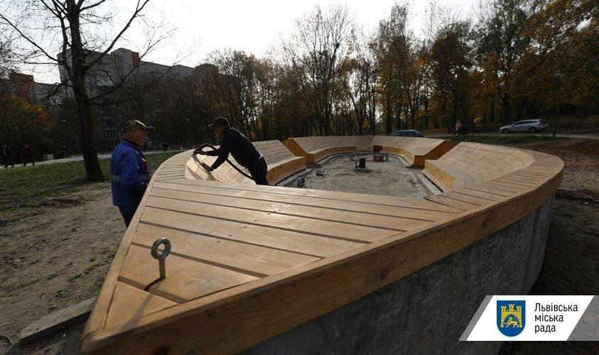 У Замарстинівському парку почали облаштовувати зону для дітей, Фото - ЛМР