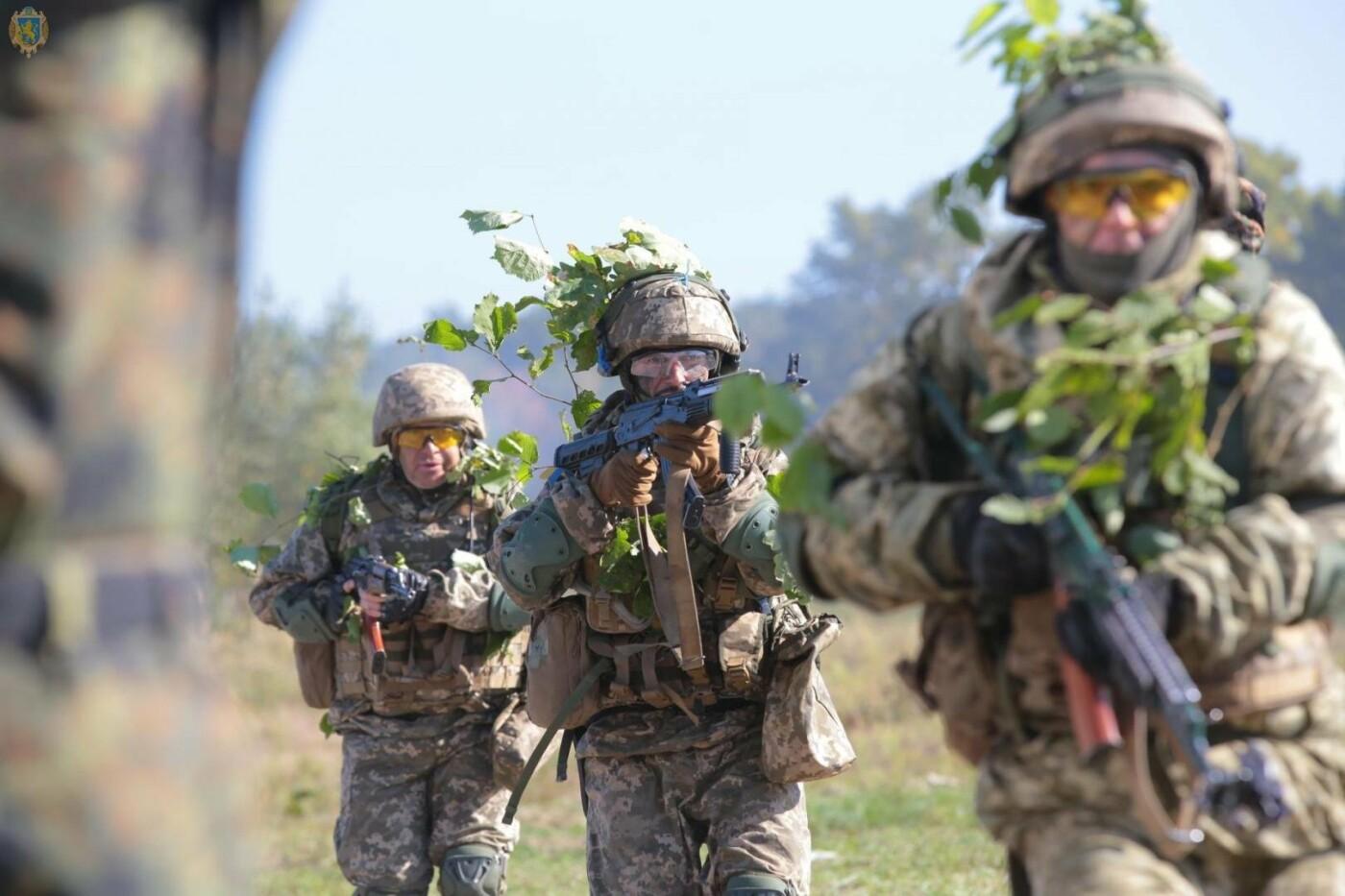 Масштабні військові навчання на Львівщині