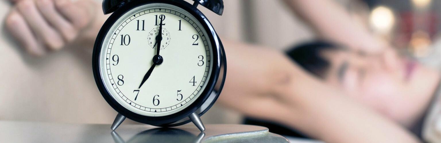 Перехід на літній час у 2020 році: коли переводити стрілки годинників  українцям | Новини