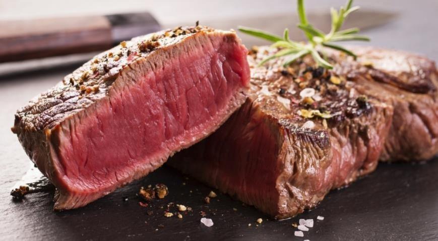 выбор мяса на стейк
