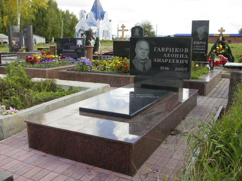 Надгробные памятники из гранита