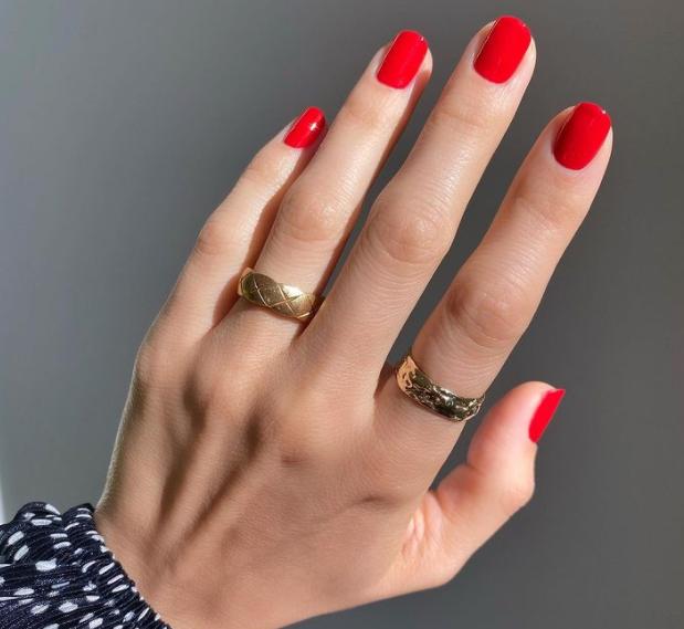 гарні нафарбовані нігті