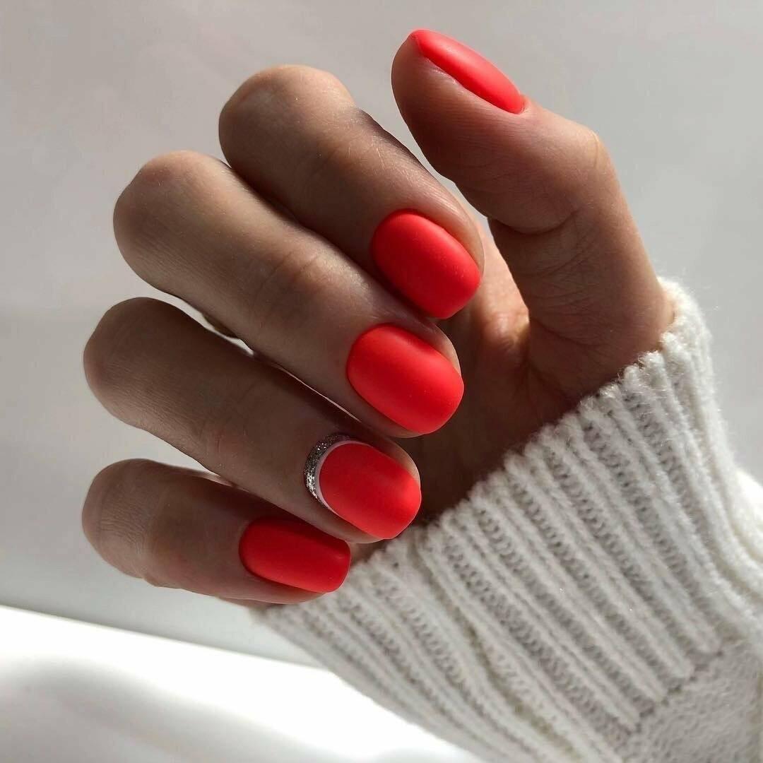 гарний лак для нігтів